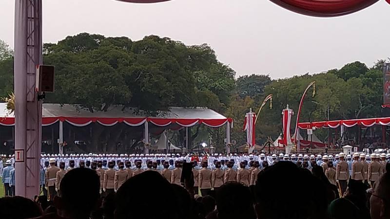 upacara_di_istana