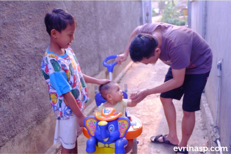 hand-sanitizer-aman-untuk-anak